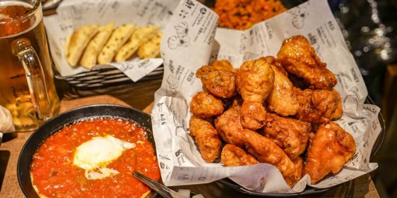 橋村炸雞Kyochon(弘大店)   韓國必吃炸雞名店,經典炸雞配啤酒,朋友推薦半半組合。
