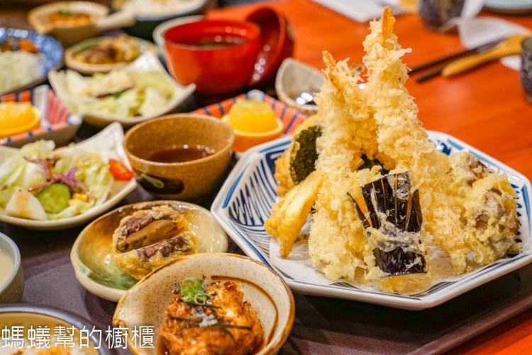 鯨十九 | 彰化市美味平價定食,豬排外脆內嫩,炸蝦天婦羅人氣第一。