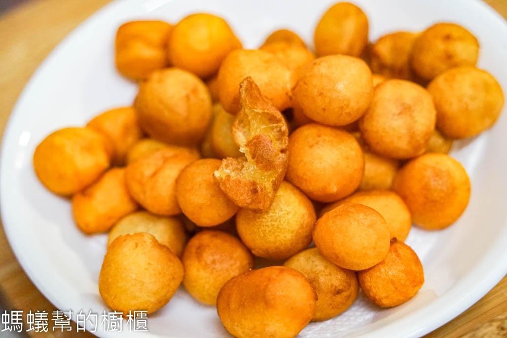地瓜球配方   古早味酥脆地瓜球,比例做法怎麼做? 只要三種材料在家輕鬆完成。