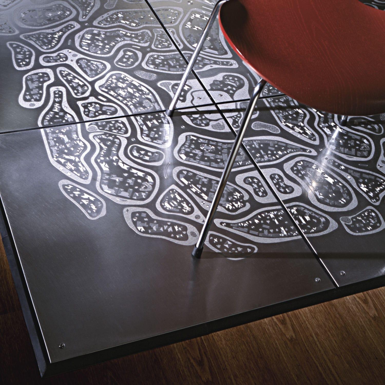engraving planium wall floor metal