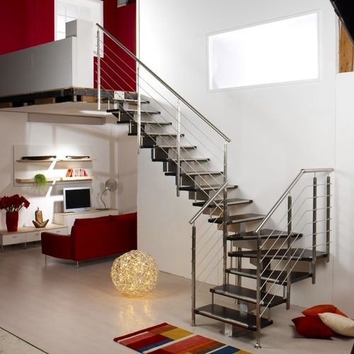Quarter-turn staircase / metal frame / wooden steps / central stringer EXCELLENCE : TEKNA JAZZ CAST SCALE