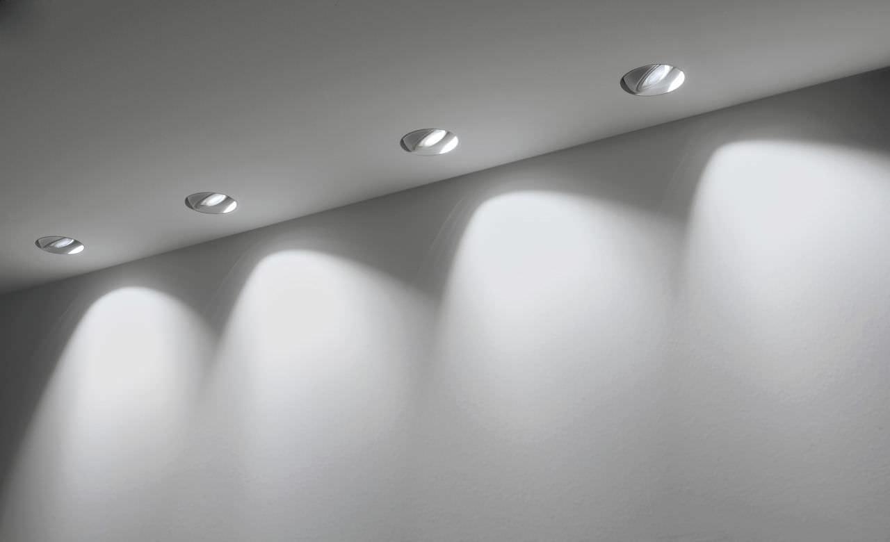 spot encastrable au plafond a led rond en metal