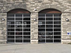 Porte Industrielle Sectionnelle 451 Wayne Dalton En Aluminium Vitree