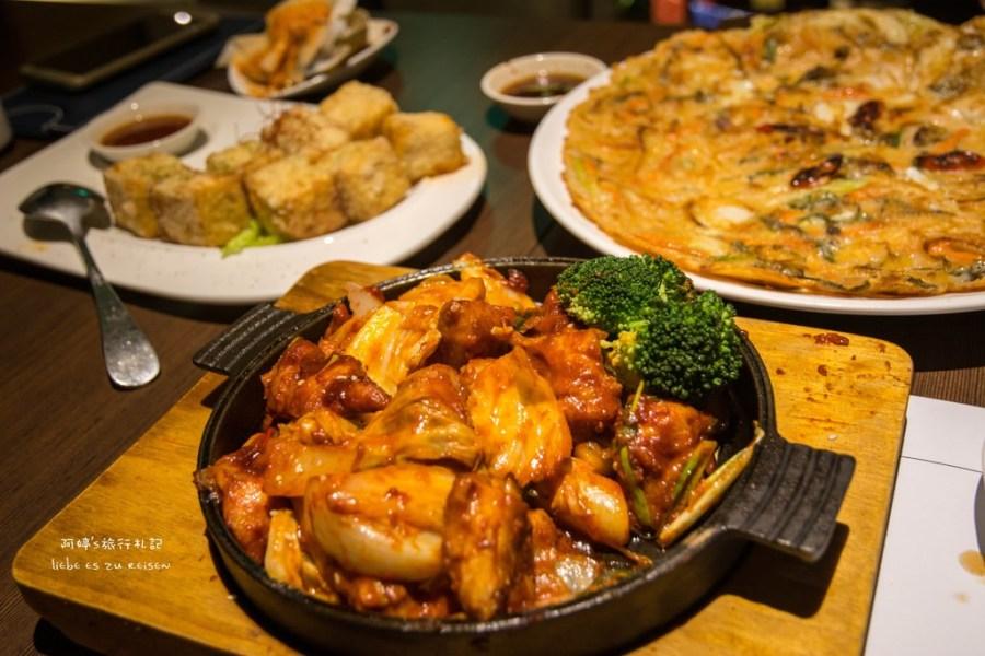  台中‧西屯 韓式料理初體驗*韓國連鎖嫩豆腐煲專門店涓豆腐(台中店),吃飽還能到旁邊拍無限曝車軌