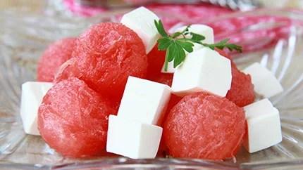 أفكار جميلة لتقديم البطيخ مع الجبن