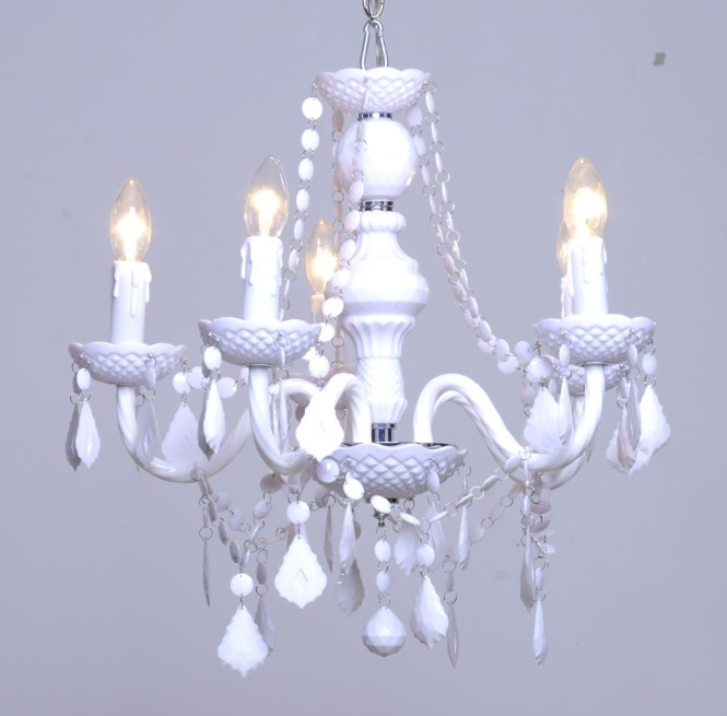 Vintage Inspired White Chandelier Maria Therese 5 Arm New Ceiling Light Pendant Great For Wedding Marquee Decoration