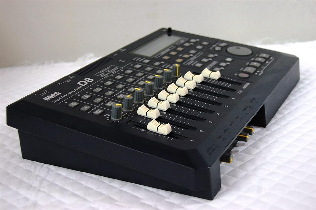 Korg D8 Multitrack Hd 8 Track Recorder Digital Recording