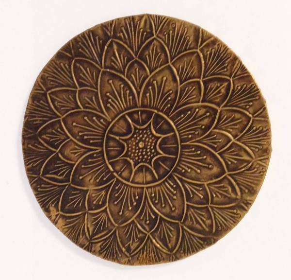 White Metal and Brass Embossed Round Drink coasters - set ...