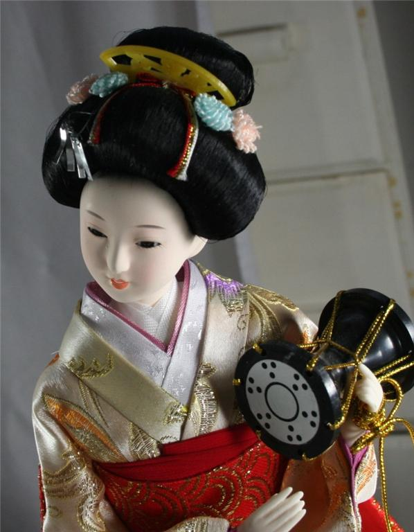 doll, Japan, Japanese, Geisha, playing drum, kneeling