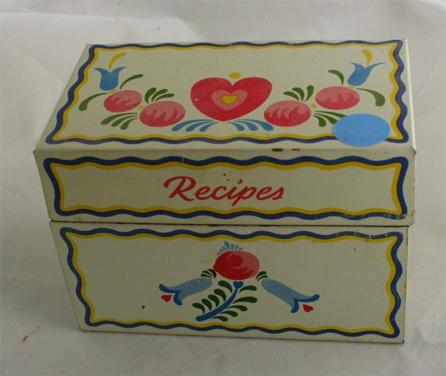 vintage recipe box, tin,Ohio Art