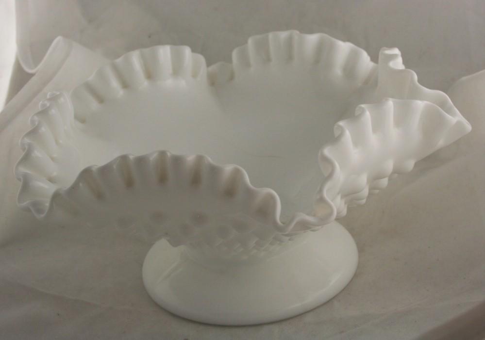 vintage glassware,Fenton,bowl,ruffled,crimped,footed,milk glass,white