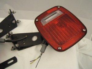 Grote 5370 & 5371 Truck Tail Lights  9130 Lens  New