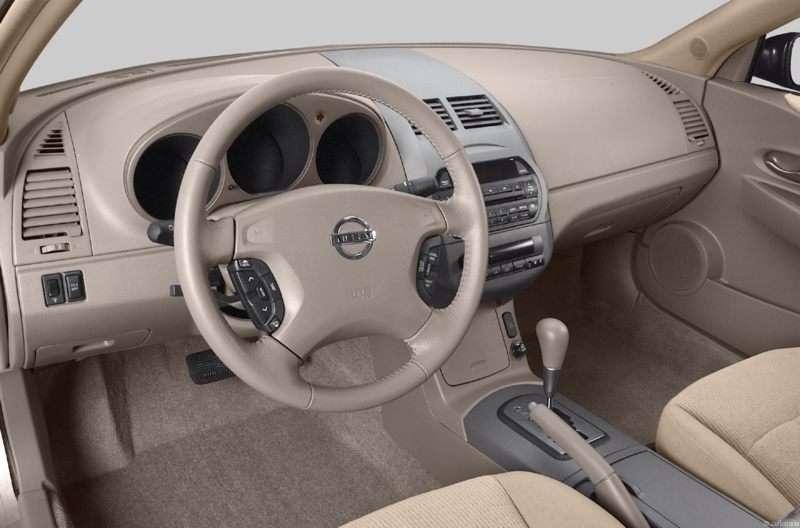2003 Nissan Altima Interior Pictures