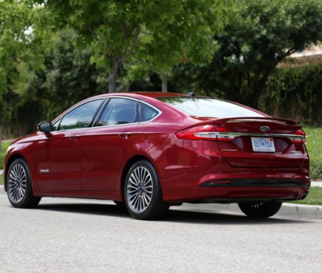 Whats New For  Ford Fusion Hybrid