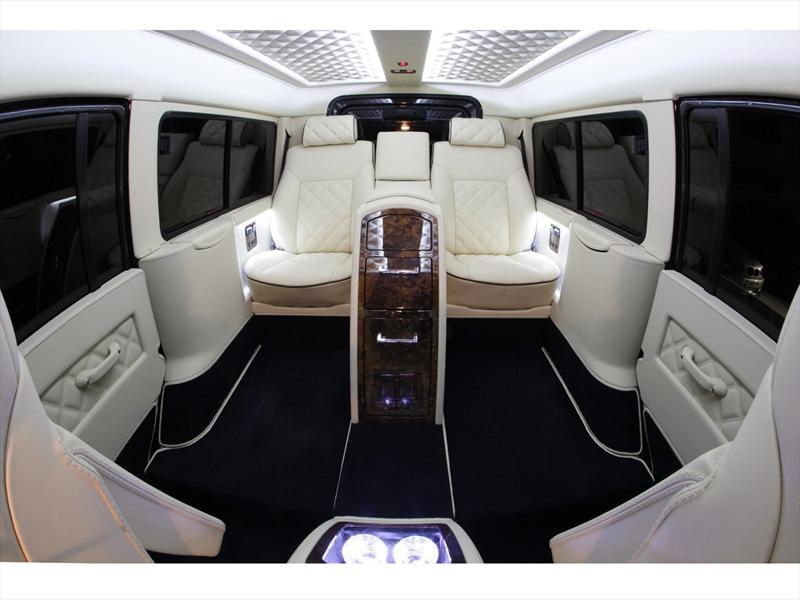 Land Rover Defender Estrena Interior Con Carisma