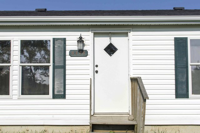How To Measure Doors On A Mobile Home (with Pictures)