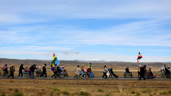 © Protestatio de personnes-handicapées réclamant des aidesà l'état bolivien