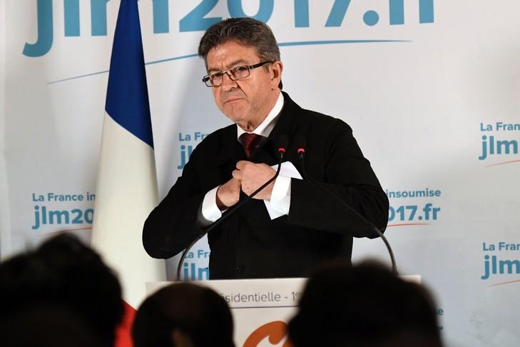 Jean-Luc Mélenchon, le 23 avril 2017 à Paris / AFP
