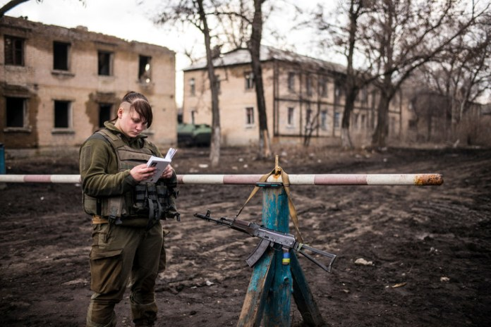 On April 4, 2018, in Zolote 3, in the forefront of Ukraine and the self-proclaimed Lugansk Republic. / Corentin Fohlen / Divergence