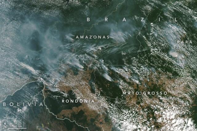 Brésil: Les feux dans la forêt amazonienne provoquent un émoi mondial