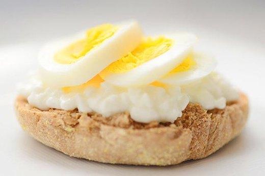 2. Cheesy Eggwich