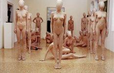 エロとアートの線引きが難しい芸術的な裸画像