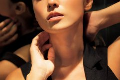 まだまだ現役でいける深田恭子(33)のグラビア画像