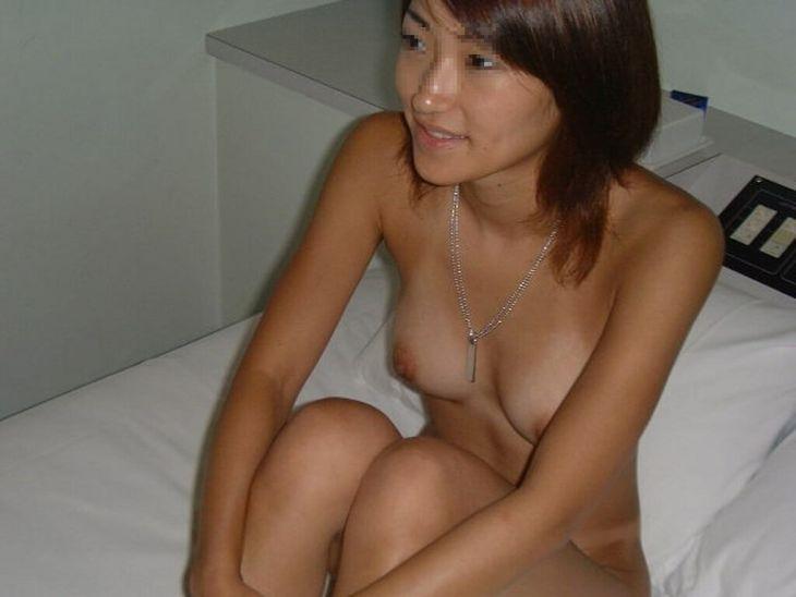 【夏の思い出】日焼けの跡が残る彼女やセフレのセックス前後のヌード画像1
