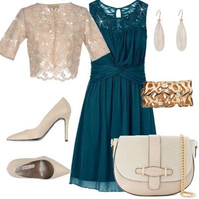 Elegante in verde e beige