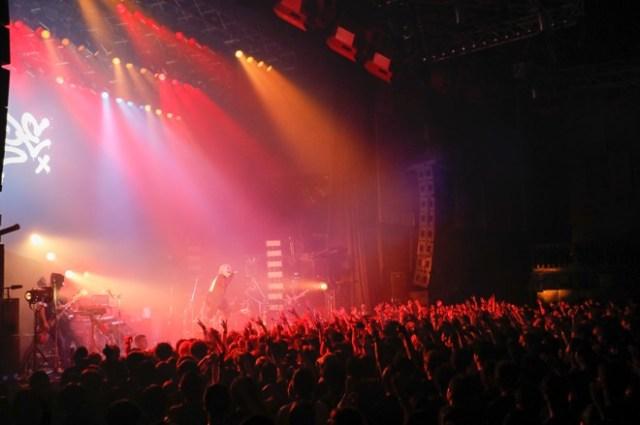Hyde 擔任英搖滾團 Bring Me the Horizon 演唱會開場嘉賓 2
