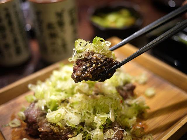 20180222171609 70 - 熱血採訪│市民大道燒肉店推薦,吳桑燒肉專人服務的高貴享受