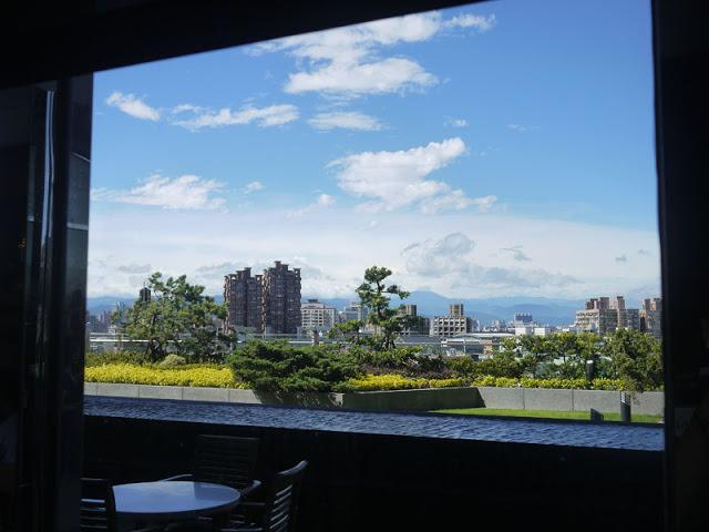 【體驗】台北蘆洲成旅晶贊飯店-柏克菲時尚茶餐廳的空中花園