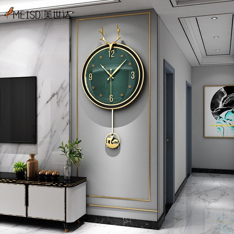 Questo orologio a pendolo è ispirato nel design dagli orologi da taschino del passato. Meisd Orologio Da Parete Design Moderno Pendolo Creativo Orologio Rotondo Verde Soggiorno Hanging Resin Horloge Home Decor Spedizione Gratuita Complementi D Arredo