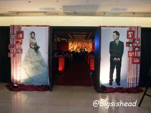 。喜喜來了。臺北故宮晶華婚宴-復古中國風之場地,布置與音樂 - 跪婦阿冠說故事