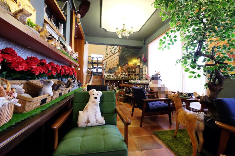 20170905025903 33 - 小毛日子雜貨店-在可愛動物森林療癒雜貨中喝咖啡.台中勤美誠品綠園道旁