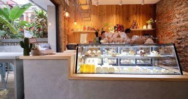 台中西區│蜜柑法式甜點麵包-漂亮有氛圍的老屋庭院甜點烘焙店