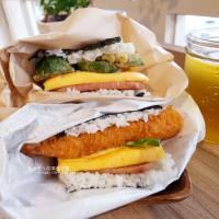 台中西區│楽米屋日式手作朝食-沖繩日式手作飯糰,內用外帶都可