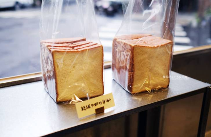 20190305223225 57 - 麵包林里│南屯老街烘焙香,職人精神的北海道函館牛奶吐司、可頌、歐式麵包