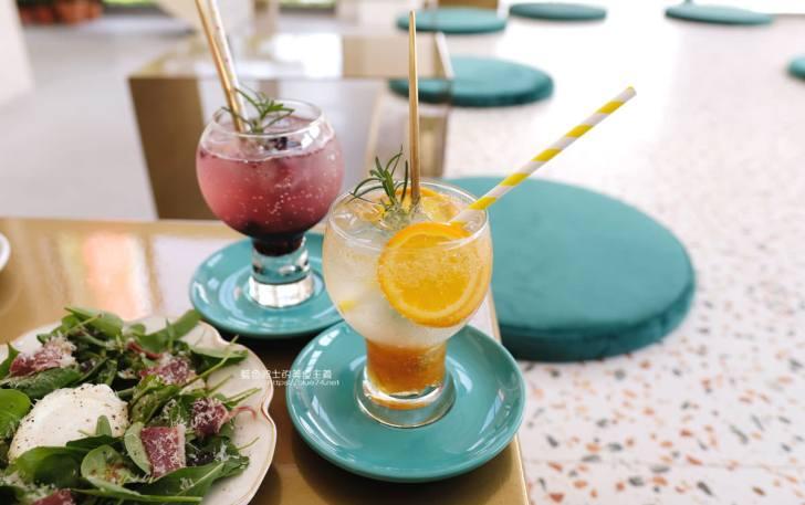 20191023153636 92 - Stunning Cafe-台中今年最強韓系網美店,一秒到韓國咖啡店