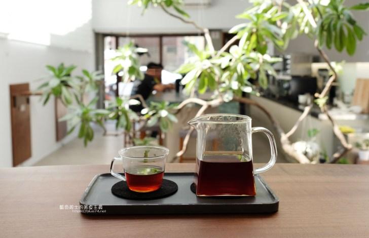 20200606010827 8 - JACU CAFE 南屯自家烘焙咖啡館,明亮簡約空間