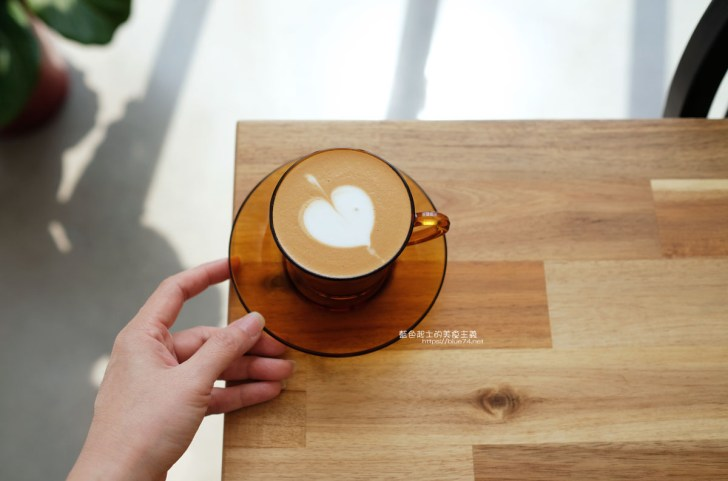 20200705011957 64 - Watashi coffee|隱藏在Winnovation多功能會館內,參觀建材、傢俱,還可以喝杯咖啡