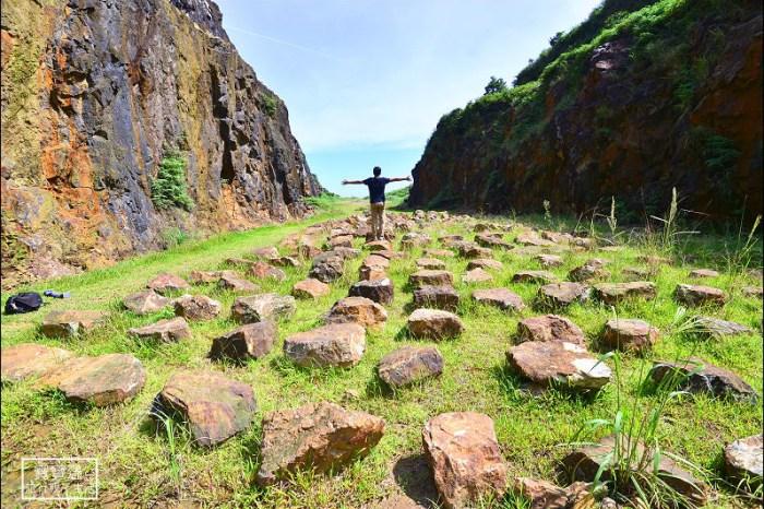 新北市私房秘境景點》金瓜石地質公園+無敵海景步道,謎樣般的外星石頭陣快來拍照打卡