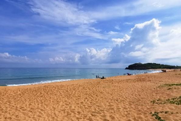 澎湖馬公最美沙灘》山水沙灘. 遇到菊島最夢幻的潔淨白沙. 登上山水30公園眺望漸層海水