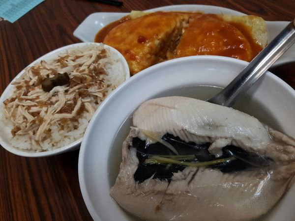 【台南 北區】呷賀飽餐點多元口味好!雞腿便當、起司蛋包飯、雞肉飯必點!