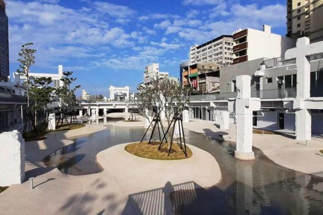 台南打卡新景點~適合親子旅遊的露天親水公園-「河樂廣場」將正式啟用!