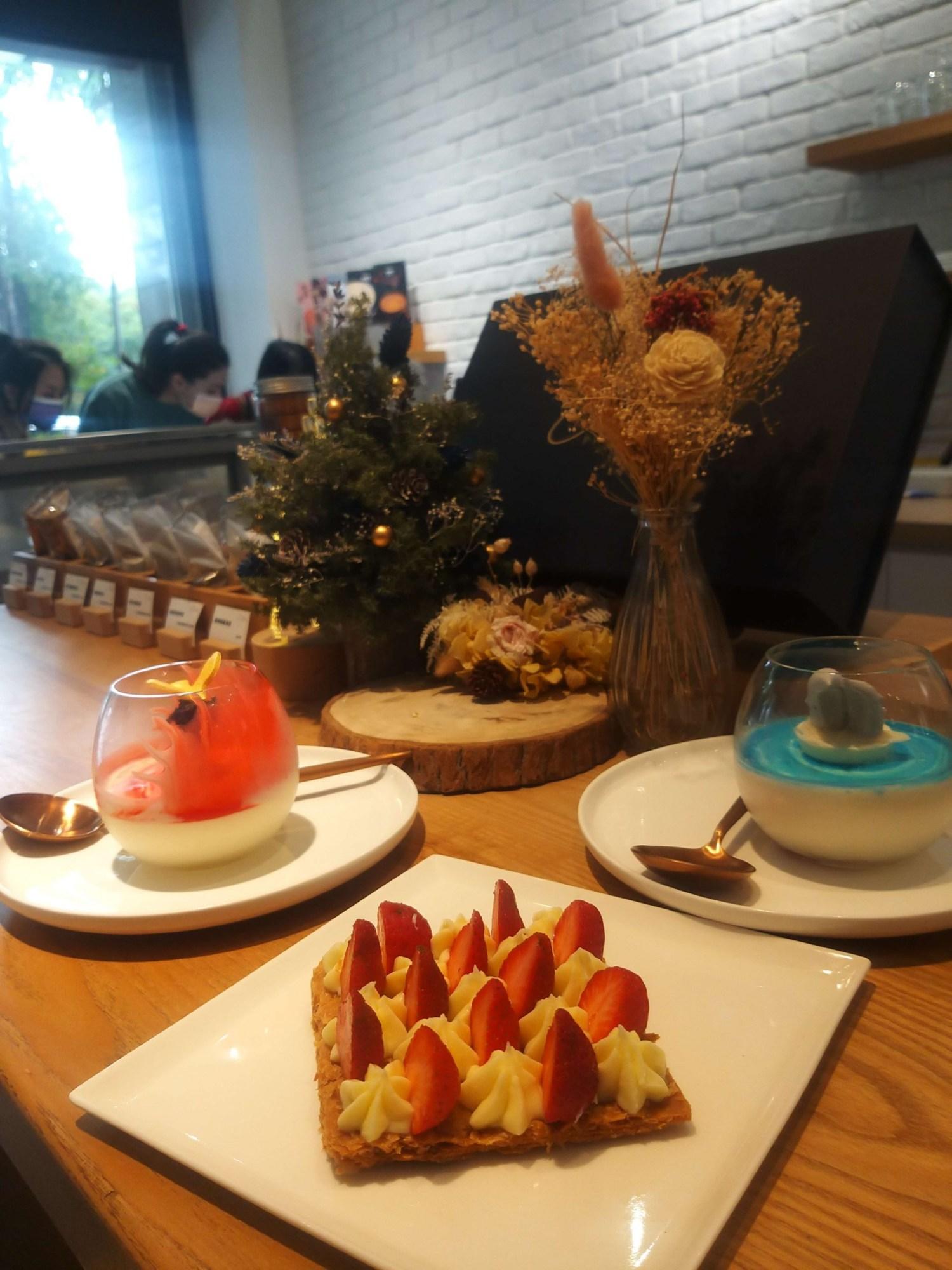 台南 漫步左岸法式甜點|吧台式座位|有故事的甜點