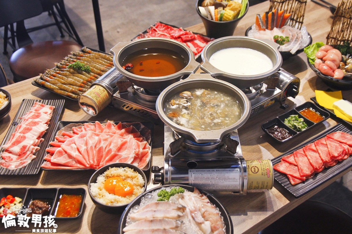 【台南火鍋】超狂肉盤、超浮誇海鮮,必吃推薦「狂牛鍋物」平價小火鍋!