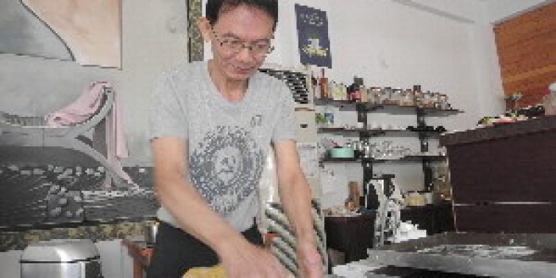 陳明芳為咖啡 棄百萬年薪 善化開店