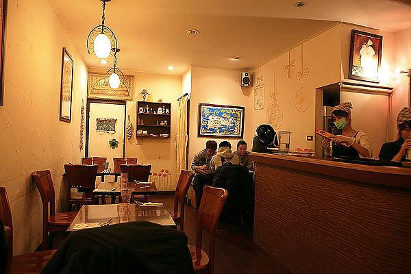 台南東區義式餐廳「邦喬諾」義大利麵店!