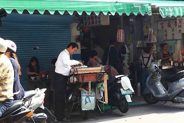 國華街上的古早味~ 台南沈家雙糕潤、九層粿,還記得這份兒時的味道嗎?